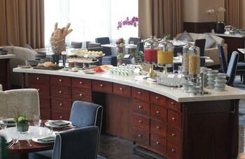 Makati Diamond Residences In-Room Dining
