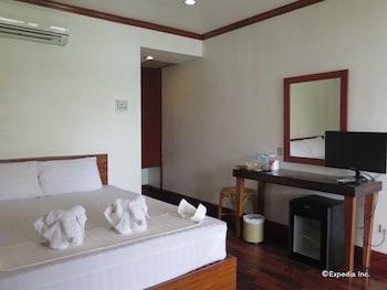 El Nido Beach Hotel Guestroom