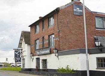 Cross Roads Hotel by Greene King Inns