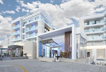 Blue Bay Platinum Hotel - Featured Image  - #0