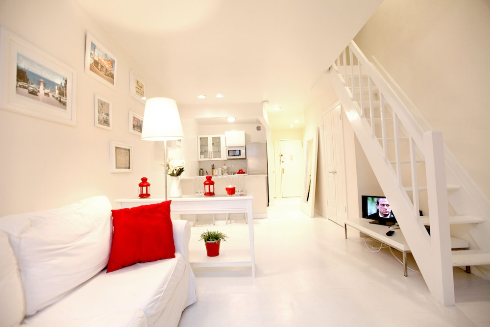 The Meatpacking Suites