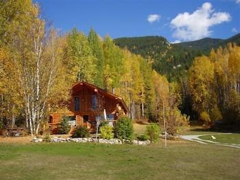 Blaeberry Mountain Lodge