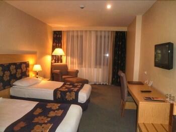 Perissia Hotel & Convention Center - Featured Image  - #0