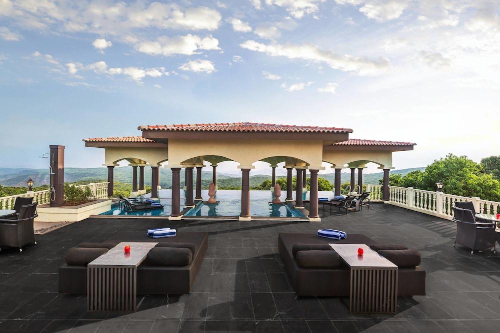 Le Méridien Mahabaleshwar Resort & Spa