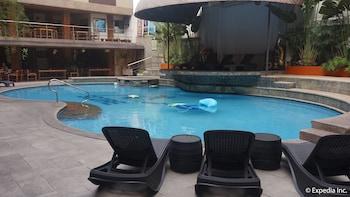 Score Birds Hotel Pampanga Outdoor Pool