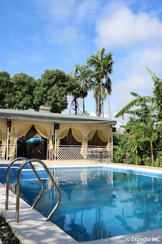 Mediterranean House Restaurant & Hotel Cavite Outdoor Pool