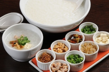 Obihiro Tennen Onsen Fukui Hotel - Food and Drink  - #0