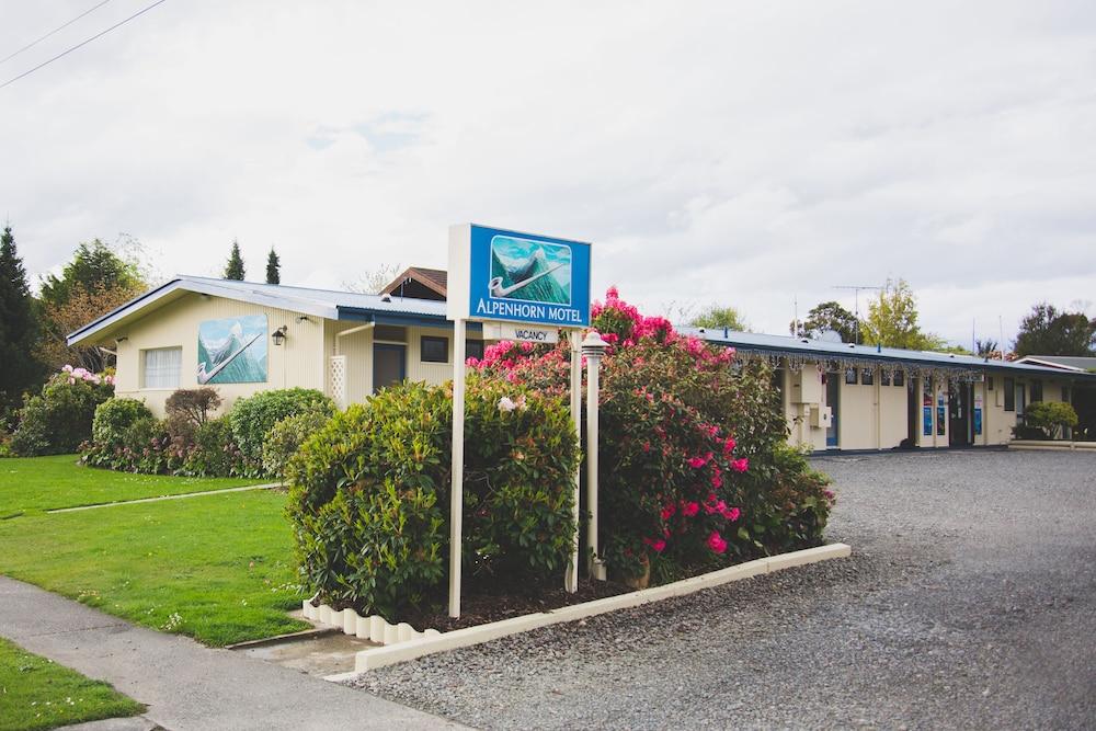 Alpenhorn Motel