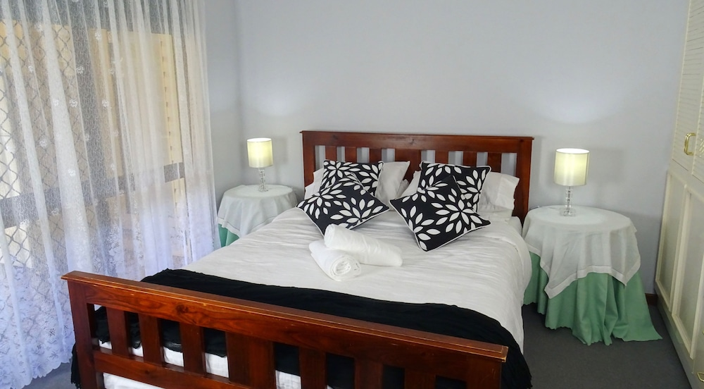 Dunelm House Bed and Breakfast