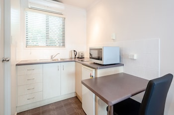 Central Studio Accommodation - In-Room Kitchenette  - #0