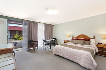 Photo for Melaleuca Motel in Portland, Victoria