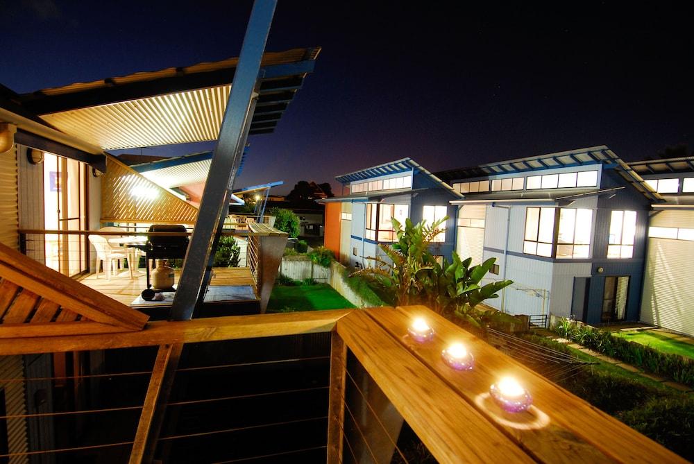 Esperance Island View Apartments