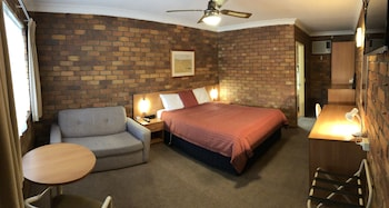 Photo for Peter Allen Motor Inn in Tenterfield, New South Wales