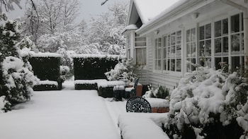 Cheltenham House - Property Grounds  - #0