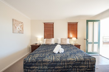 Photo for Jacaranda Place Motor Inn in South Toowoomba, Queensland