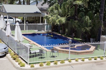 Paddle Wheel Motel - Outdoor Pool  - #0