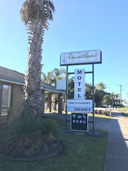 Sandbar Motel