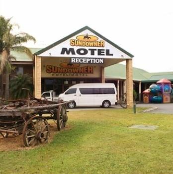 Sundowner Hotel Motel
