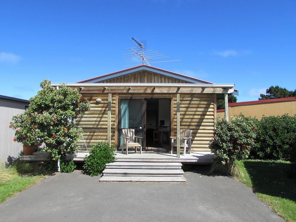 Dunedin Holiday Park & Motels
