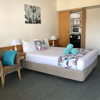 Photo for Tropical Gateway Motor Inn in Allenstown, Queensland