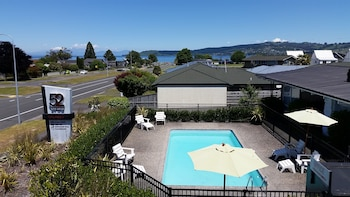 Photo for 52 on Rifle Motel in Taupo