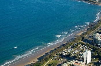 Elouera Tower Beachfront Apartments - Aerial View  - #0