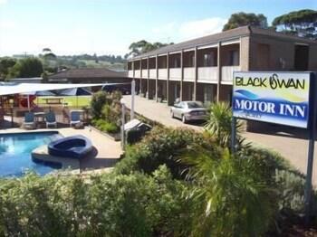 Black Swan Motor Inn