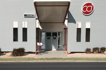 Capella Coach Inn - Hotel Entrance  - #0