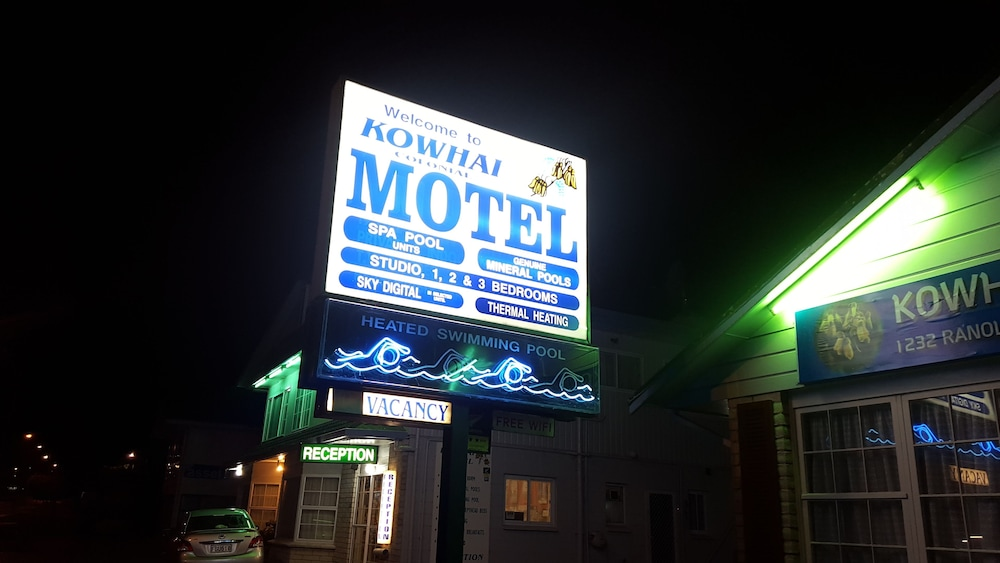 Kowhai and Colonial Motel
