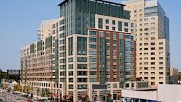 Global Luxury Suites Fenway Park