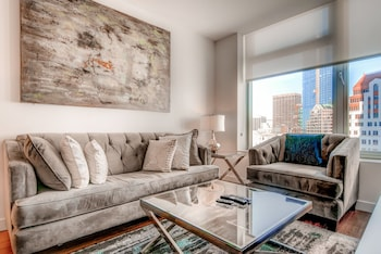 Global Luxury Suites at The Financial District