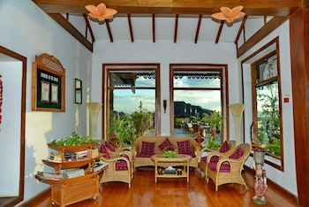 Myanmar Treasure Resort (Inle Lake)