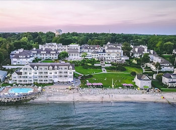 Water's Edge Resort & Spa in Westbrook, Connecticut