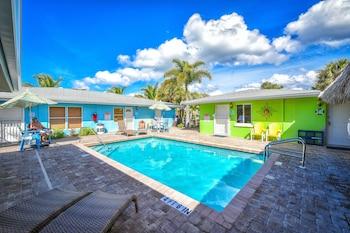 Siesta Key Beachside Villas