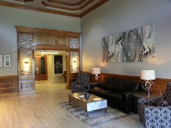 Ashton Inn & Suites in Pensacola, Florida