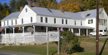Hotel - The Sterling Inn