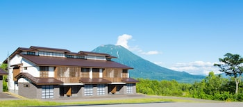 Kasara Niseko Village Townhouse