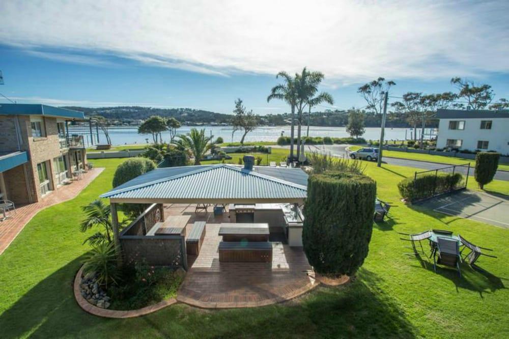 Lakeside Holiday Apartments Merimbula