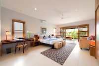 Ten Bedroom Villa with Private Pool ( 10 King Beds OR 8 King and 2 Twin )