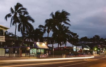 Beaches Backpackers Airlie Beach - Hostel - Hotel Front  - #0