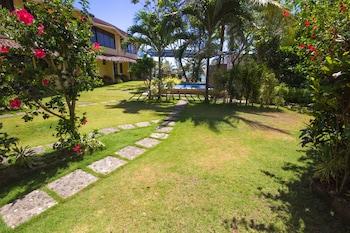 Ralph's Place Boracay Property Grounds