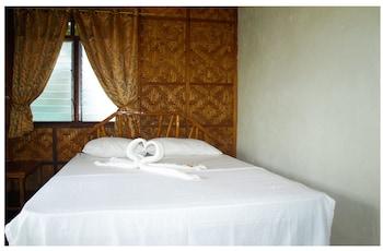 Purple Snapper Dive Resort Malapascua Guestroom