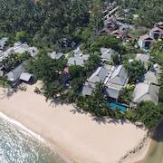 考恩海灘渡假村 - 泳池別墅和豪華露營 - 僅限成人入住
