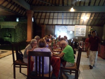 Suka Sari Cottages - Family Dining  - #0