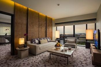 Nobu Hotel Manila Living Room
