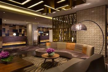 Nobu Hotel Manila Lobby Sitting Area