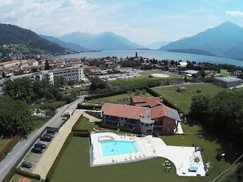 Photo for Residence Villa Paradiso in Gravedona