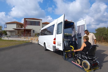 Eria Resort Accessible Holidays - City Shuttle  - #0