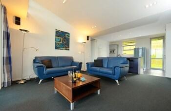 Kitenga Luxury Bed & Breakfast - Living Area  - #0