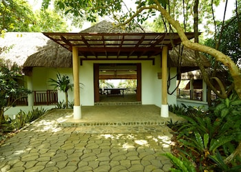 Amun Ini Beach Resort & Spa Bohol Terrace/Patio